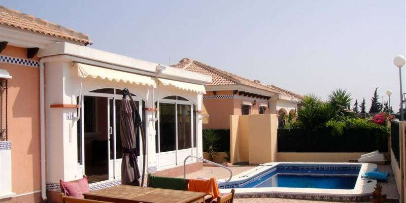 Buy Resale Detached Villa in Los Montesinos Costa Blanca South