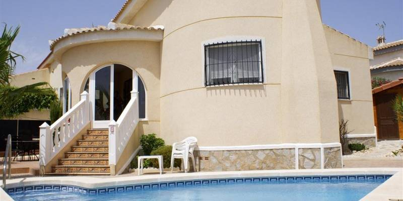 Buy Resale Detached Villa in Quesada Costa Blanca South