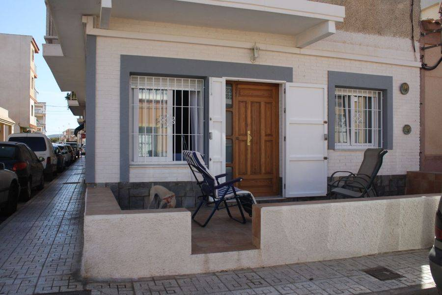 Resale - Apartment - Los Nietos