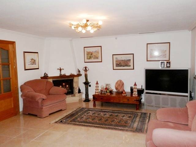 Resale - Country Home - Catral