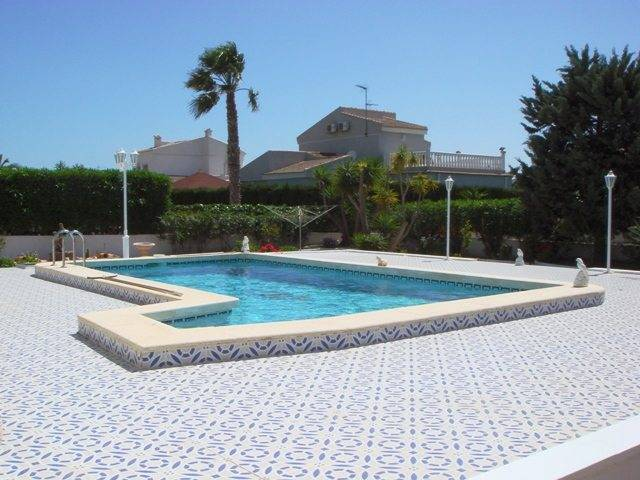 Resale - Detached Villa - San Luis, Torrevieja