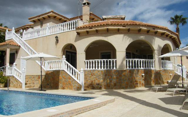 Detached Villa - Resale - San Miguel de Salinas - Villas Maria