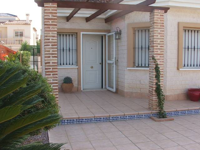 Resale - Villa - Guardamar del Segura