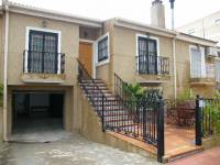 Resale - Townhouse - Daya Nueva - Central