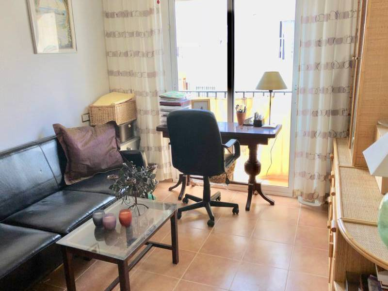 Resale - Villa - Montebello